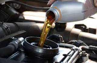 أسباب وعلامات نقص زيت محرك السيارة
