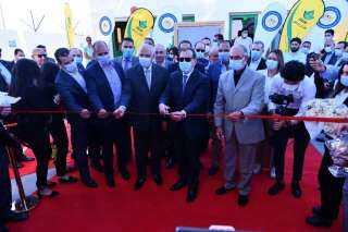 وزير البترول: محطتان جديدتان لتموين السيارات بالغاز علي طريق القاهرة الاسكندرية الصحراوي